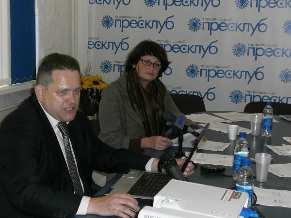 Як ЗМІ висвітлюють виборчу кампанію в Україні і на Тернопіллі