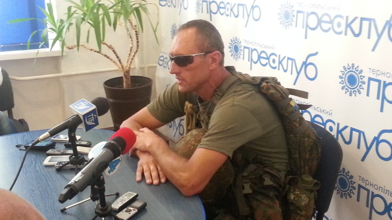 Прес-конференція про бої на сході України -Микола Озарук, боєць батальйону «Донбас», доброволець