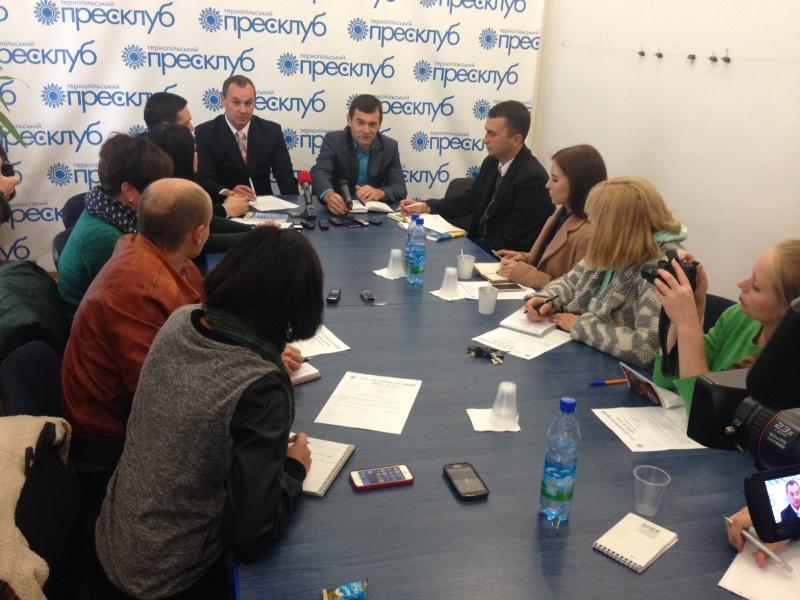 Двох кандидатів у депутати до обласної ради виключено із списків на вибори до обласної ради