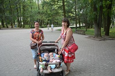 Тернопіль для переселенців Ані та Віри з родинами уже став рідним