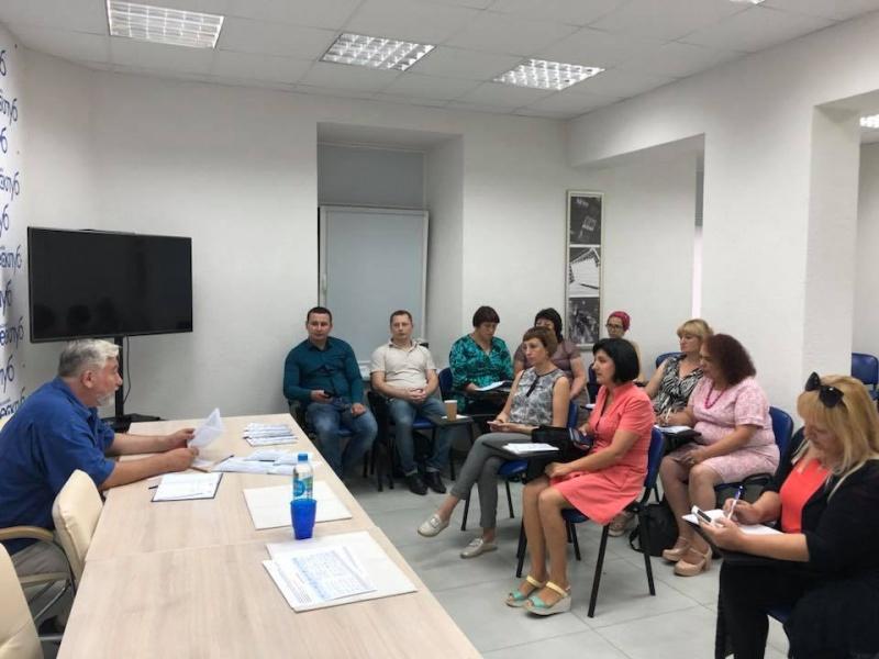 Редактори «районок» з різних регіонів обговорили проблеми реформування преси