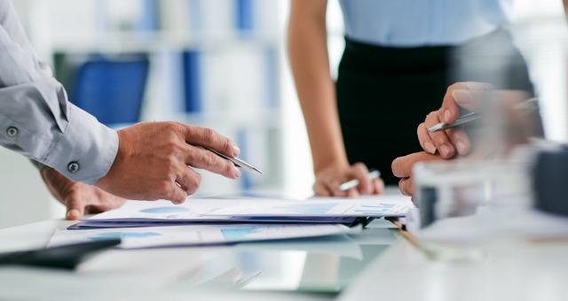Юридичні консультації з діяльності друкованих ЗМІ. Про трудові відносини з фрілансерами