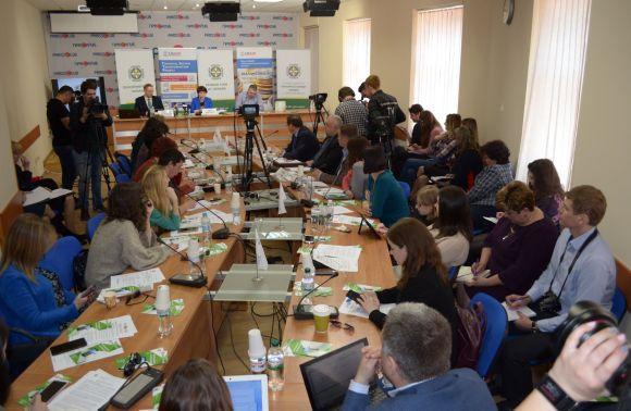 Українці розпочали користуватись новимион-лайн та мобільними сервісами Пенсійного фонду України