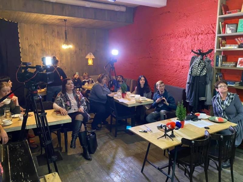 Гендерночутливість: тернопільські медіа дев'яті серед регіональних ЗМІ країни