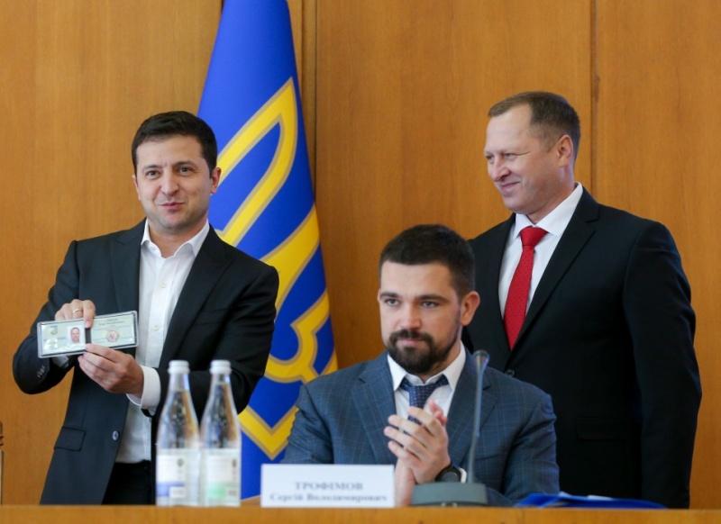 """Чи справді новий голова Тернопільської ОДА був членом """"Партії регіонів""""? (фактчекінг)"""