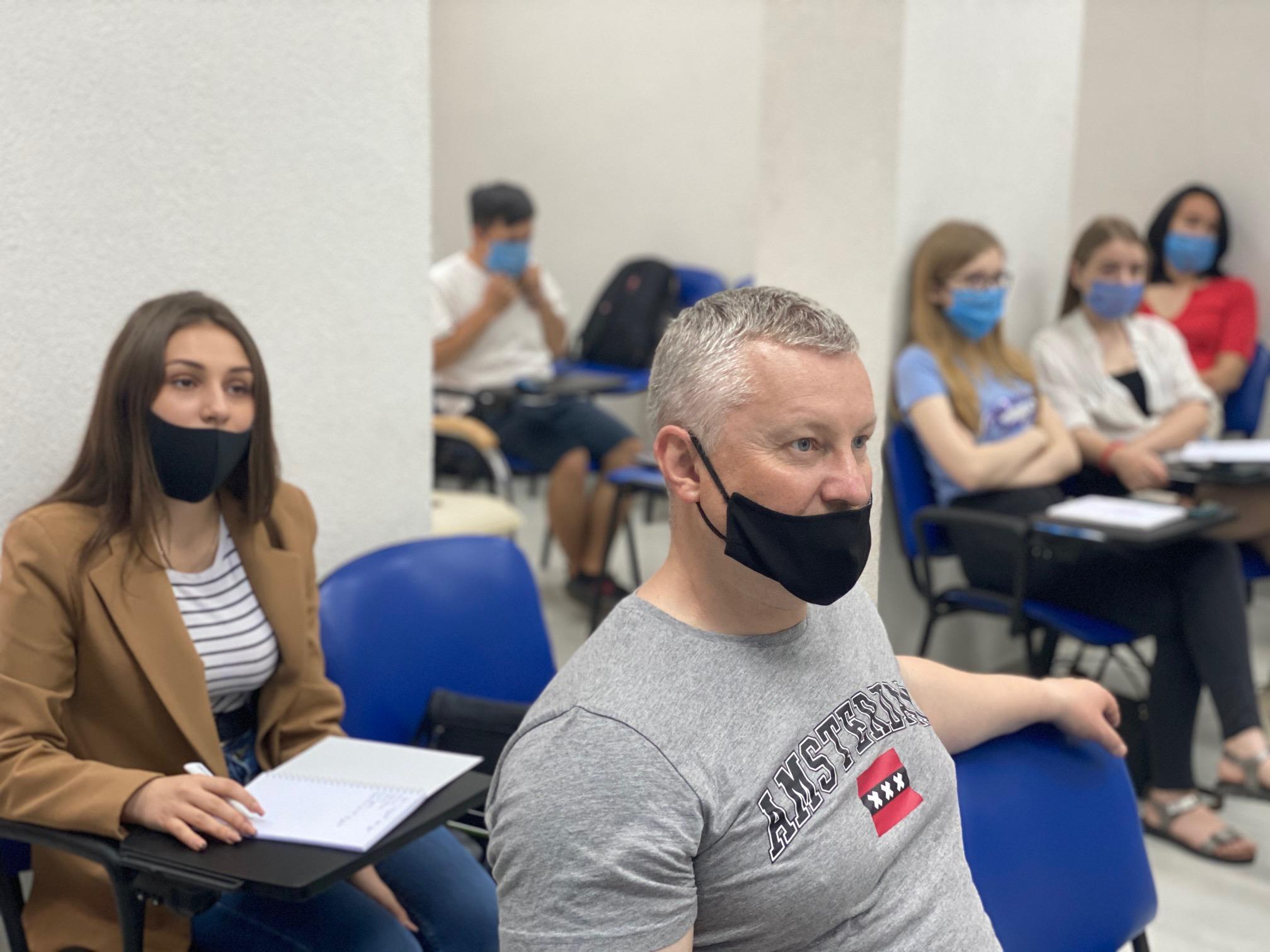 VII Школа журналістики. Серія телевізійних тренінгів «Стандарти і місія журналістики. Техніка телерепортажу»