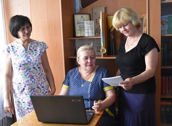 Віта Копенко: «Ми отримали новий досвід, як писати на «незручні» теми та налагоджувати діалог з читачами»