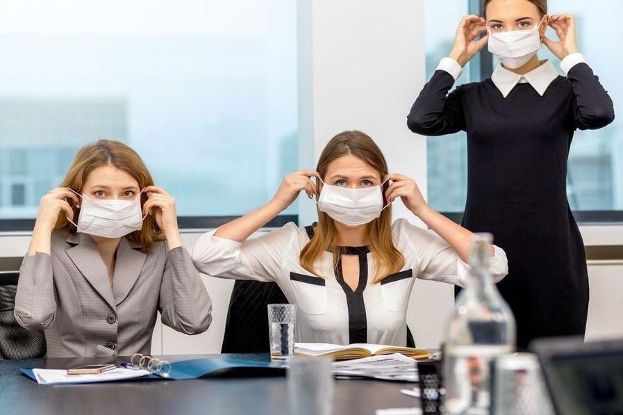 Про ситуацію, коли працівник редакції захворів на Covid-19. Юридичні консультації з діяльності друкованих ЗМІ