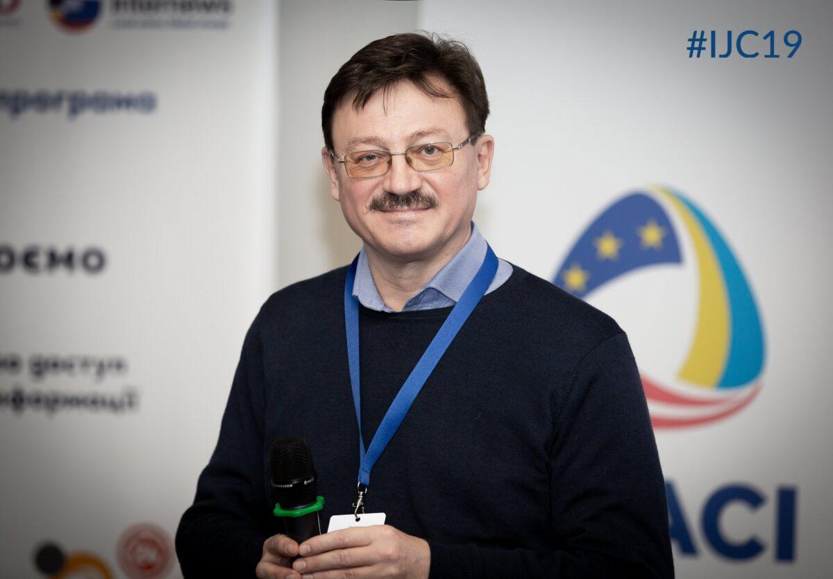 1-2 квітня у Тернопільському прес-клубідля учасників VIII регіональної школи сучасної журналістики -про основи журналістських розслідувань, неправові ризики та фізичну і цифрову безпеку